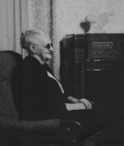 Annie Walland 1952